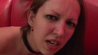 Grosse sodomie d'une jeune française amatrice