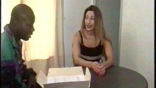 Salope fait son casting porno avec un black TTBM